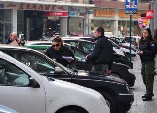 Παρκαρισμένα αυτοκίνητα στη Θεσσαλονίκη